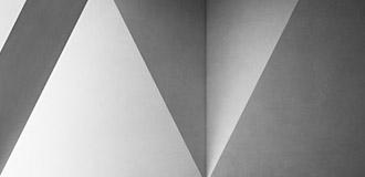 粉刷石膏主要用于混凝土、加气混凝土、砖混砂浆墙面和顶棚的抹灰找平。